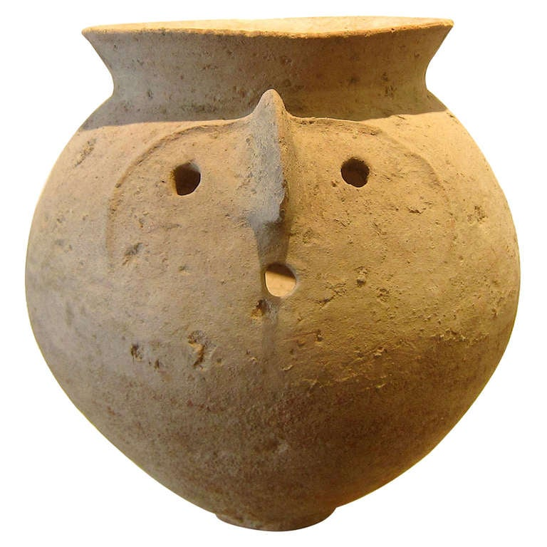 Old bajawar urn n pakistan at 1stdibs for Chinese furniture in pakistan