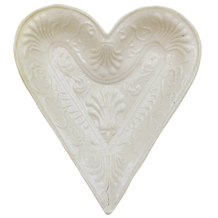 Staffordshire Pottyer Stoneware Heart Shaped Dish In