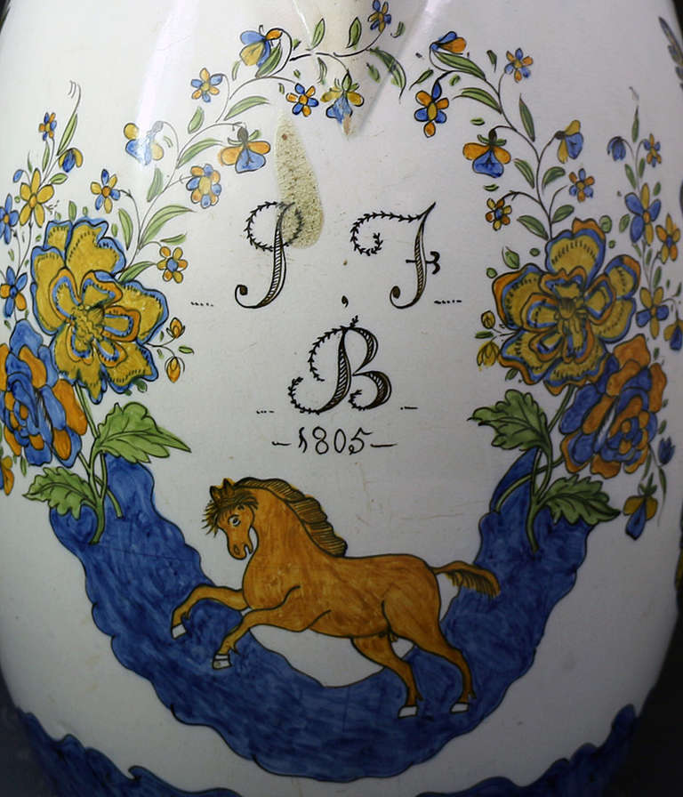 Massive Size Prattware Pitcher with Amorial, Prancing Horse In Excellent Condition For Sale In Woodstock, GB
