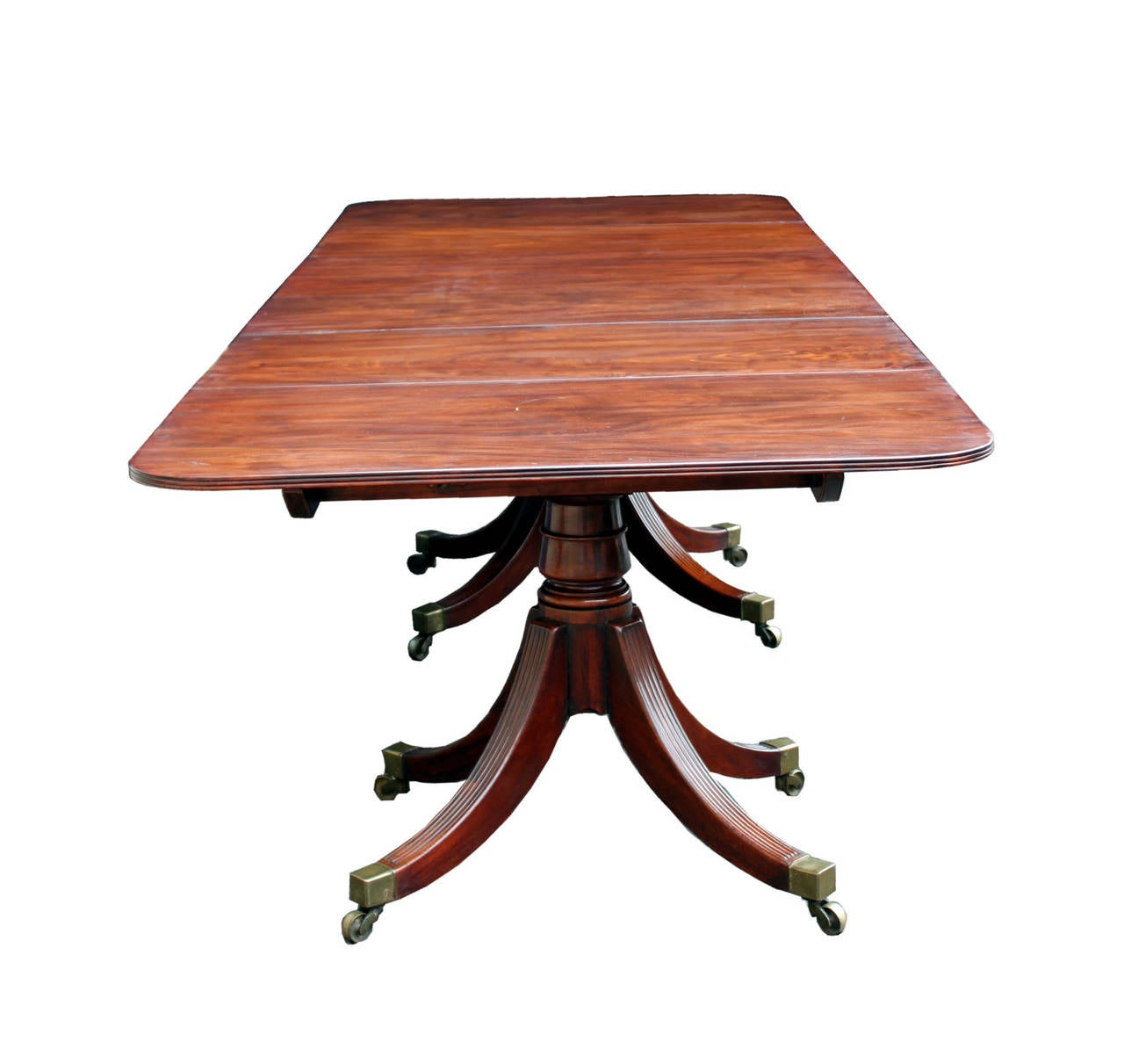 Antique three pillar dining table at 1stdibs for Pillar dining table