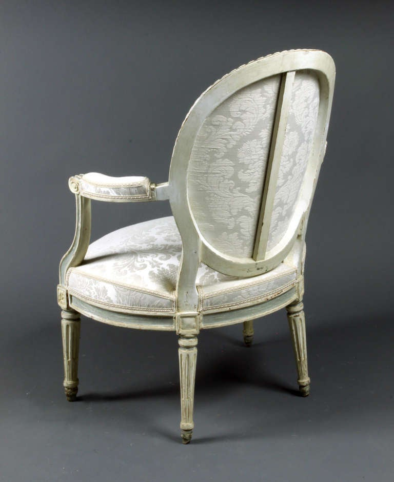 Four French Chairs In Excellent Condition For Sale In Bradford-on-Avon, Wiltshire