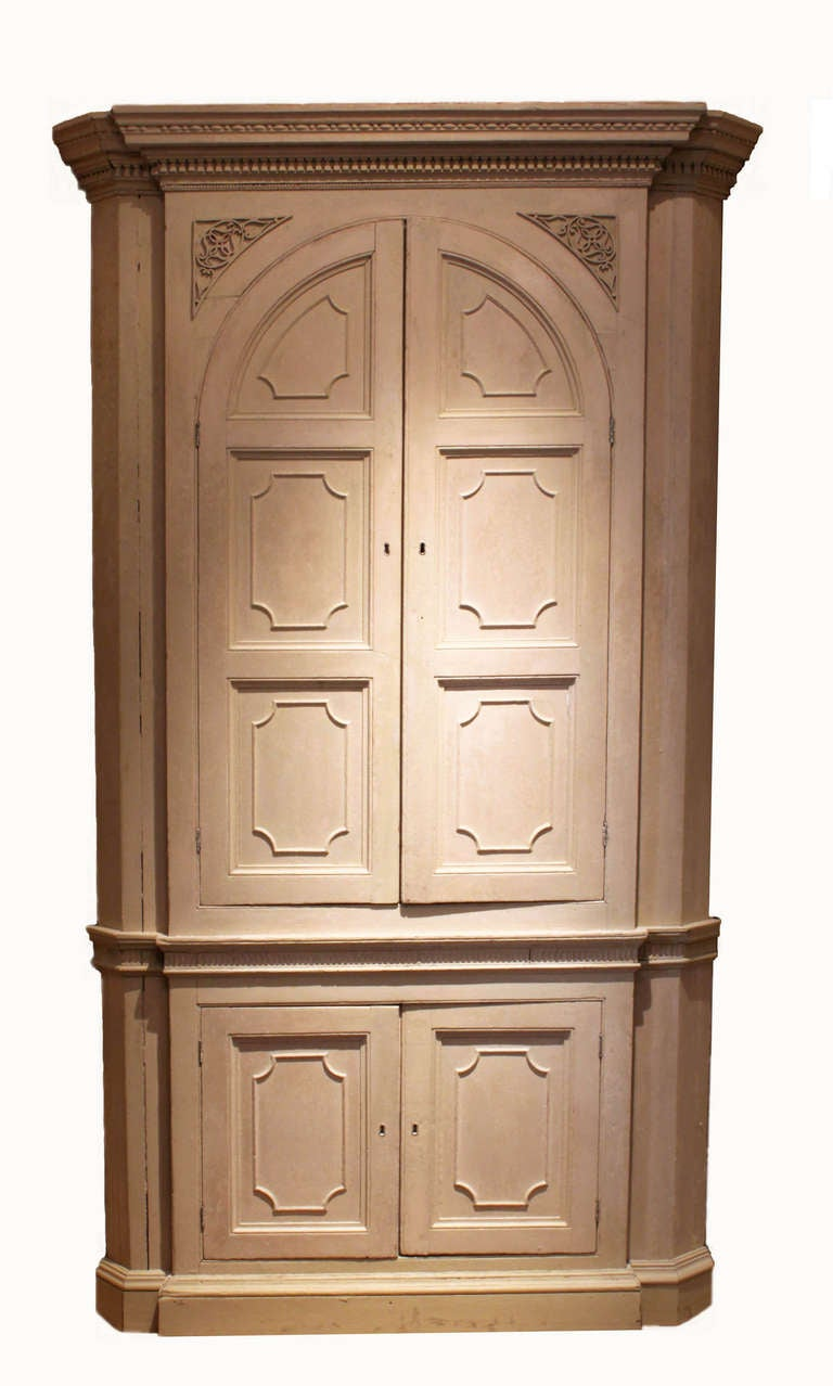 Antique Painted Corner Cupboard 2 - Antique Painted Corner Cupboard For Sale At 1stdibs
