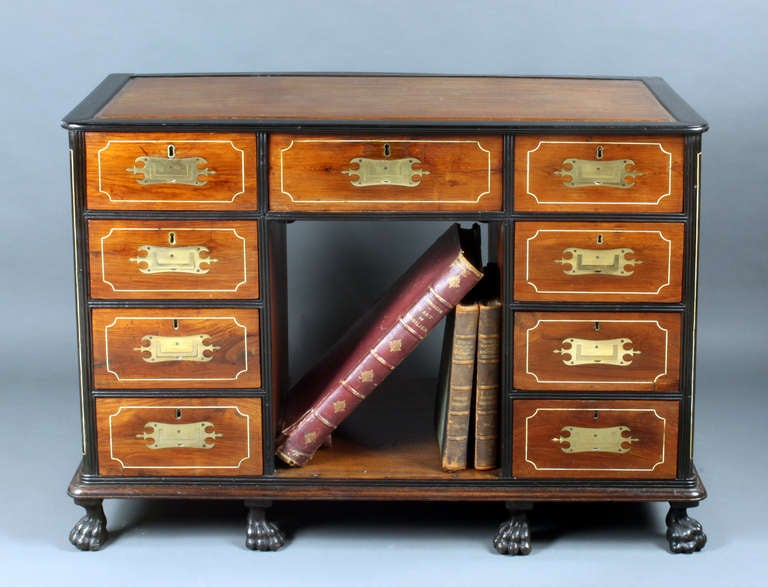 Antique Chinese Desk In Excellent Condition In Bradford on Avon, Wiltshire