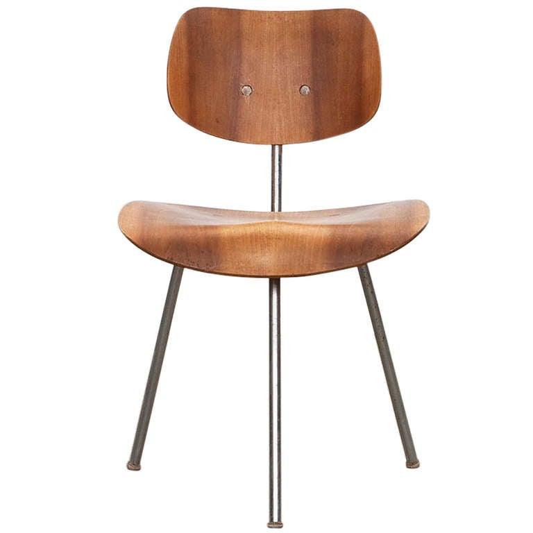 Rare Egon Eiermann Three-Legged Chair
