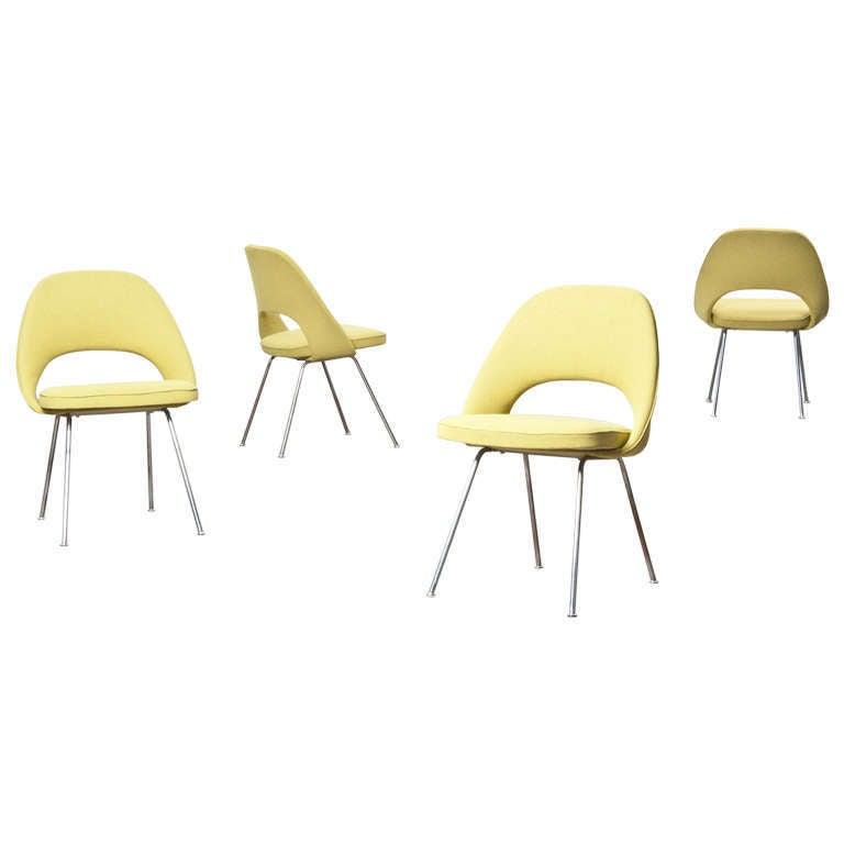 Eero Saarinen Side Chairs 6 At 1stdibs