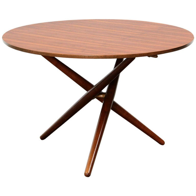 Eat and tea table at 1stdibs for Coffee tables you can eat on