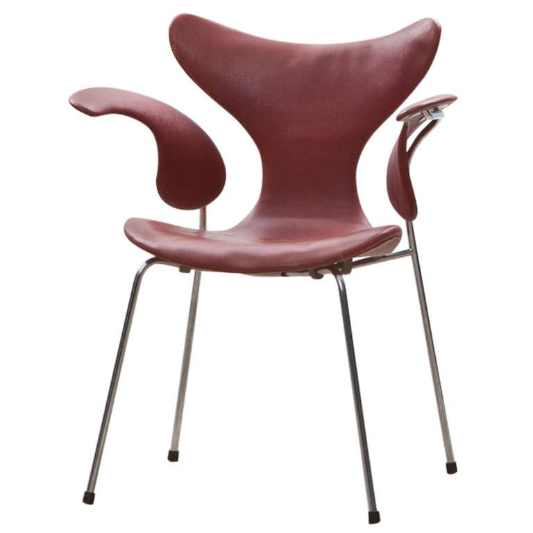 "1960's red leather Arne Jacobsen ""Seagull"" Chair For Sale"