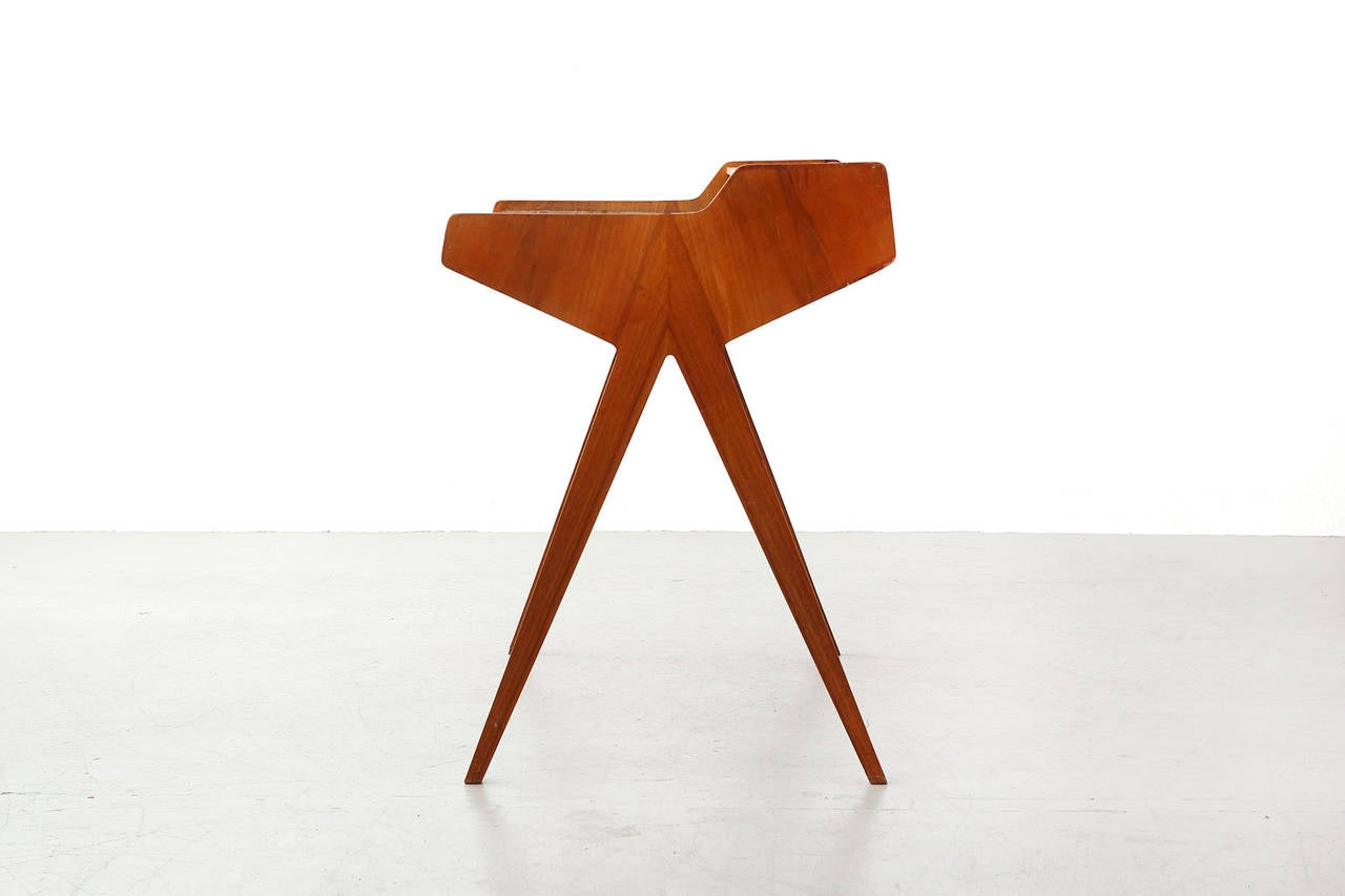 Desk by helmut magg for wk m bel at 1stdibs for Charles eames kopie