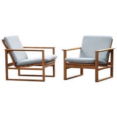 Pair of Børge Mogensen Lounge Chairs, New Upholstery