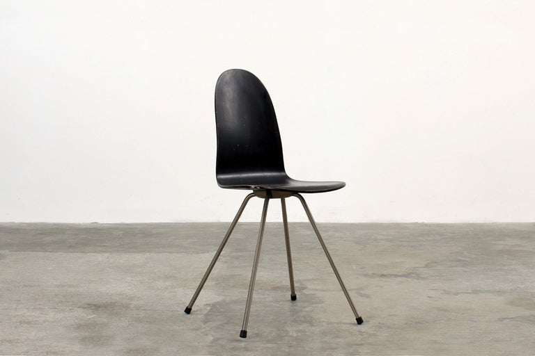 Pair Of Arne Jacobsen Tongue Chairs For Sale At 1stdibs