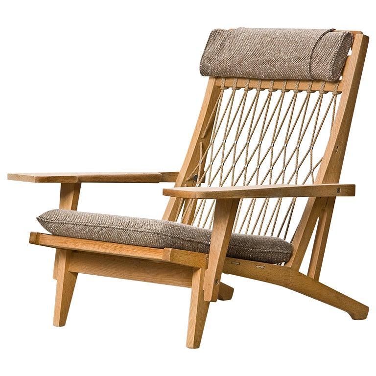 Hans Wegner Lounge Chair At 1stdibs