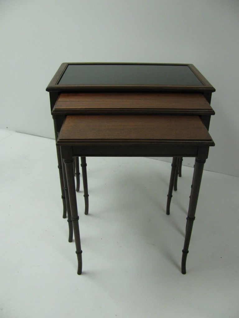 Stained Mid Century Mahogany French C1948 Faux Bamboo Nesting Tables For Sale