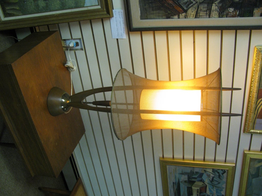 Danish Mid-Century Modern Floor Lamp with Copper Mesh Shade For Sale 3