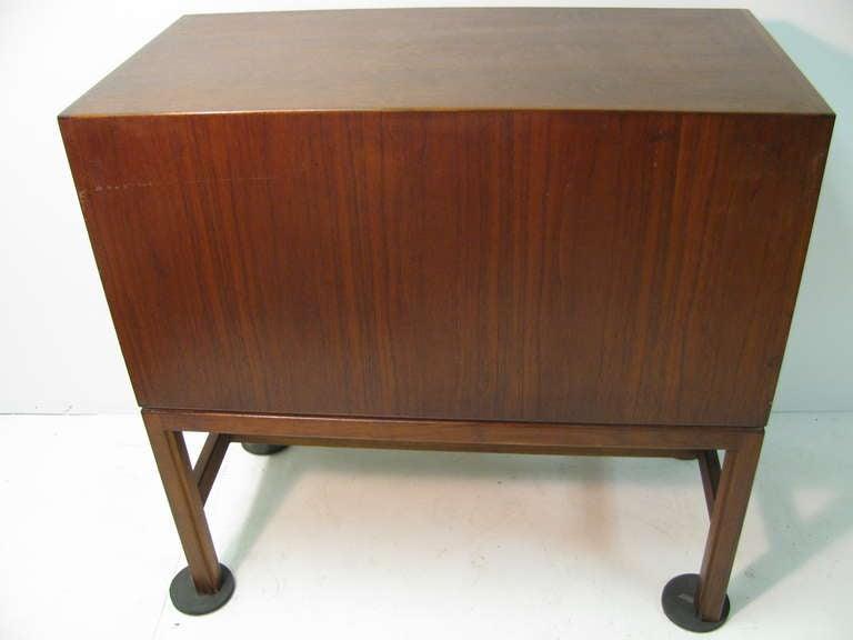 Jens Risom Mid-Century Modern Walnut Cabinet Credenza For Sale 5