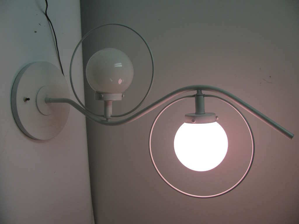 Pair of Mid Century Modern Space Age Table Lamps In Good Condition For Sale In Port Jervis, NY