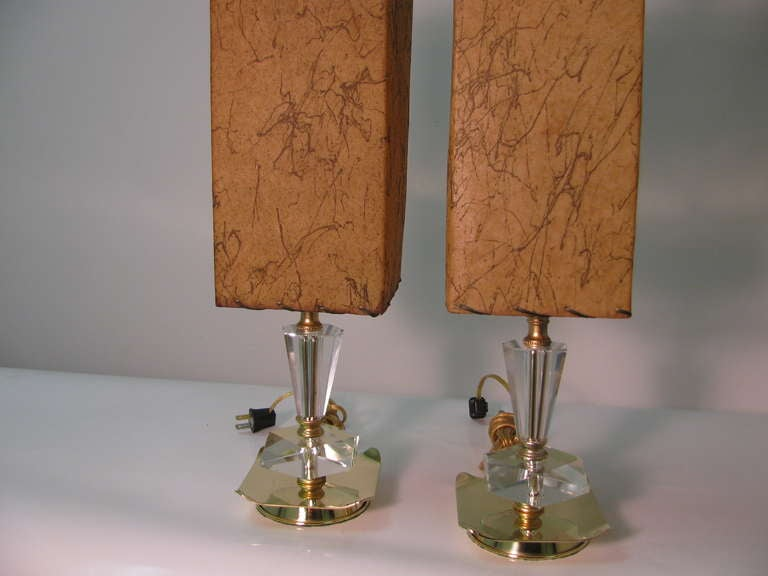 mid century cut glass crystal table lamps for sale at 1stdibs. Black Bedroom Furniture Sets. Home Design Ideas