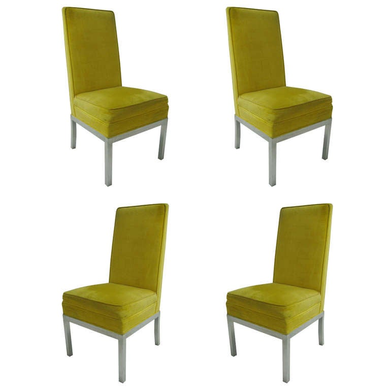 Set of Four Tallback Midcentury Dining Chairs in the Manner of Robsjohn-Gibbings