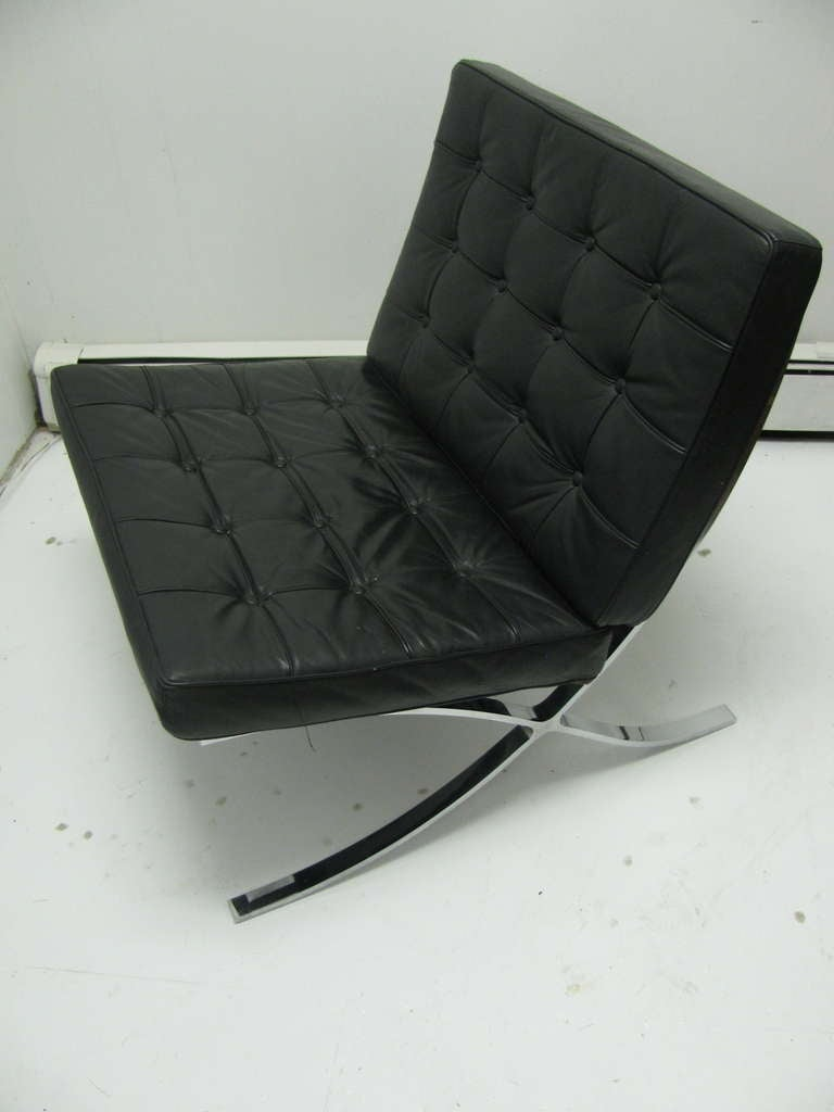 barcelona chair by ludwig mies van der rohe knoll at 1stdibs. Black Bedroom Furniture Sets. Home Design Ideas