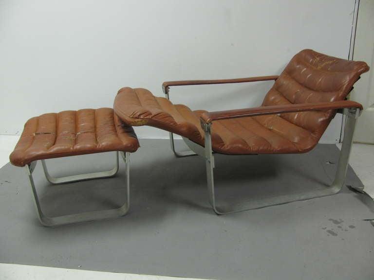 Mid Century Modern Ilmari Tapiovaara Lounge Chair with Ottoman For Sale 1