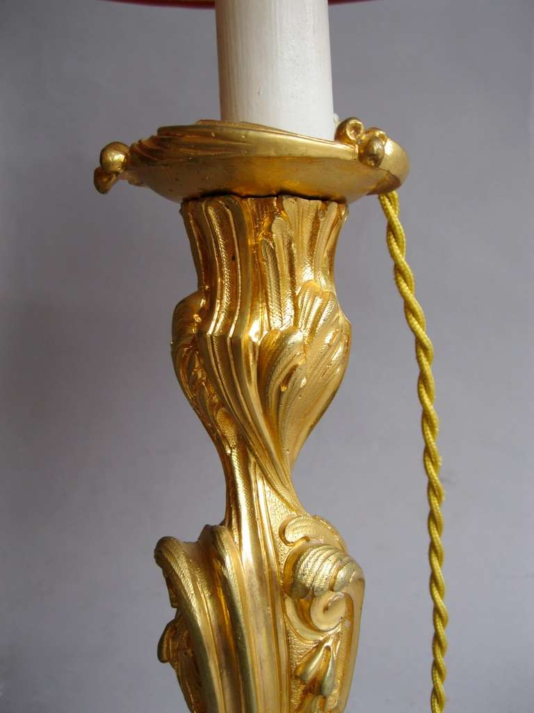 19th c. pair of rocaille style candleholders In Excellent Condition For Sale In Saint-Ouen, FR
