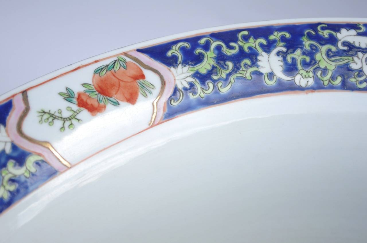 Chinoiserie Pair of Chinese Green Family Porcelain Planters, circa 1900 For Sale