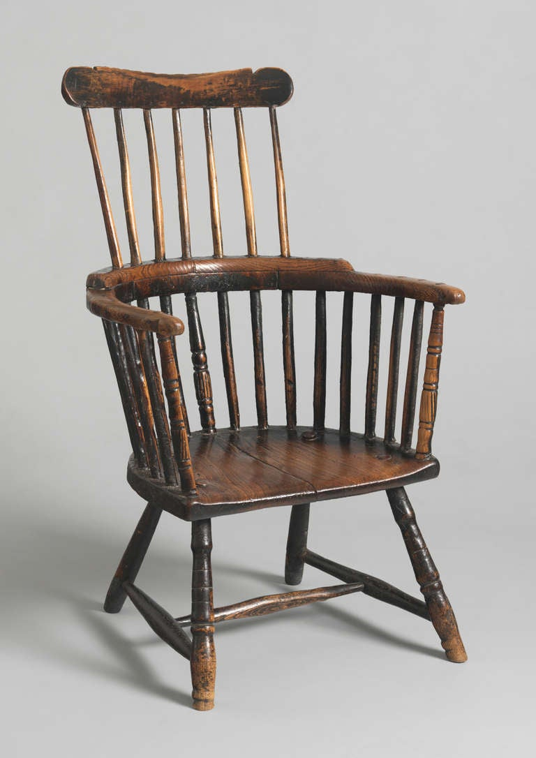 Captivating Primitive 18th Century Comb Backed Windsor Armchair 2