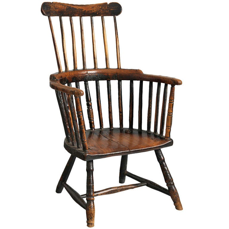 Primitive 18th Century Comb Backed Windsor Armchair 1
