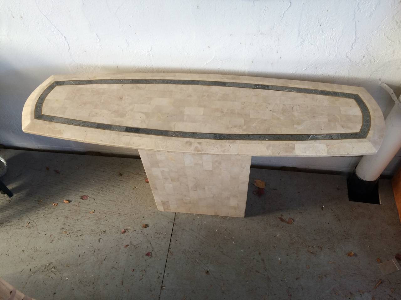 Maitland-Smith Tessellated Fossil/Stone Console Table In Good Condition For Sale In Redding, CT