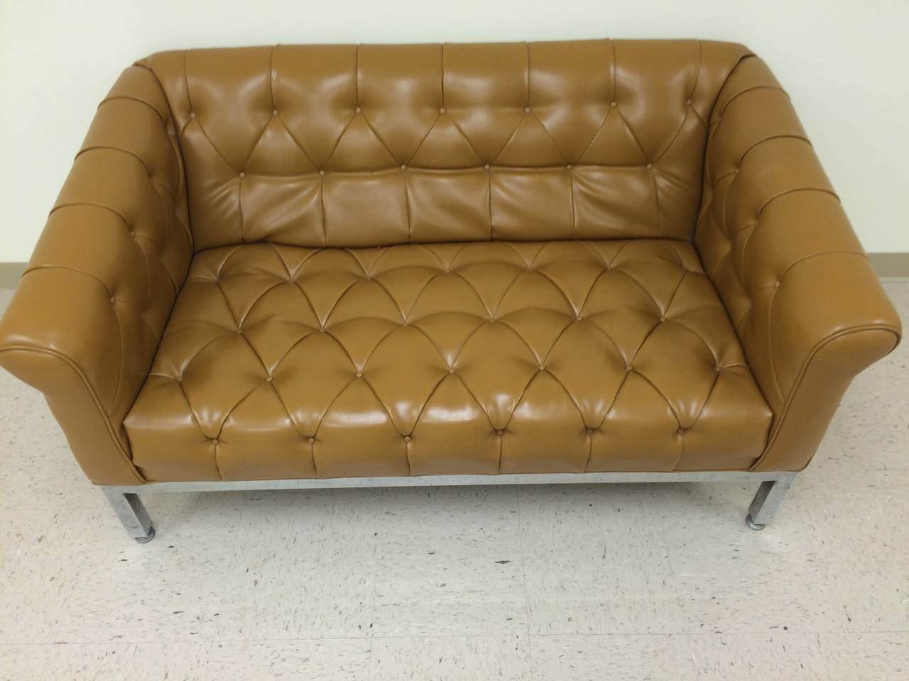 Mid-Century Modern Signed Milo Baughman for Thayer Coggin Tufted Sofa For Sale