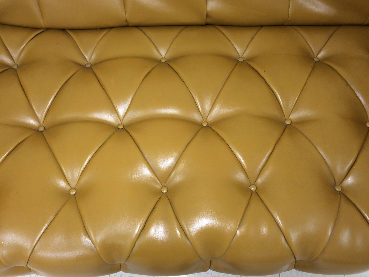 Signed Milo Baughman for Thayer Coggin Tufted Sofa In Good Condition For Sale In Redding, CT