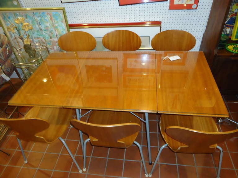 Rare Set of Six Arne Jacobsen Ant Chairs with Drop-Leaf Table 2