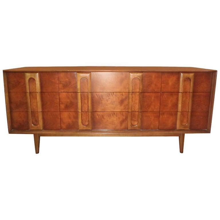 Mid Century Modern Dresser Credenza By Lane At 1stdibs