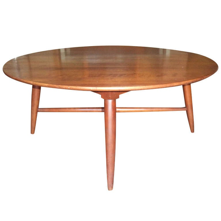 Round Mid Century Coffee Table At 1stdibs