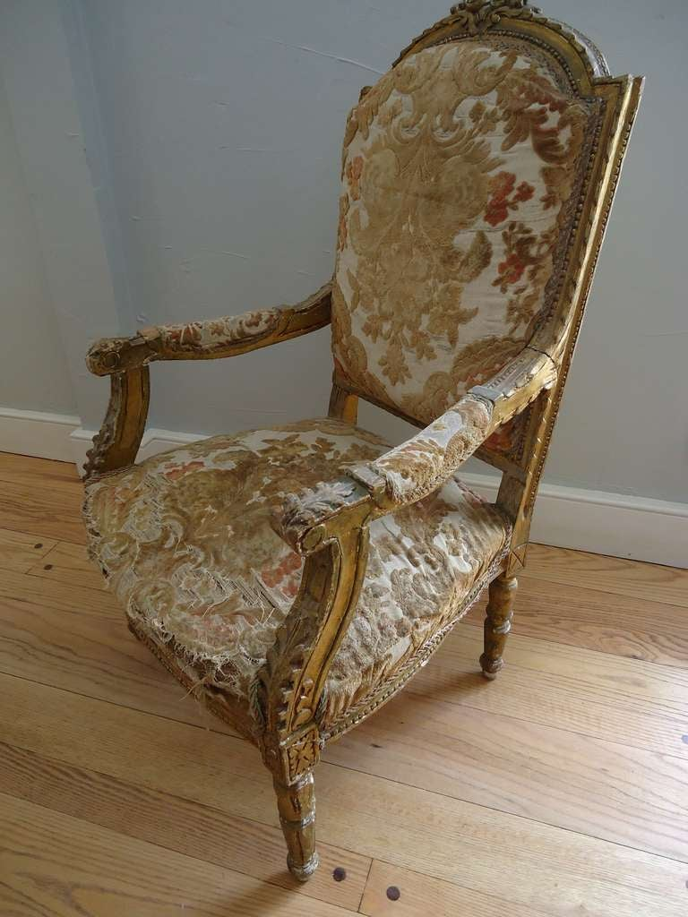 19th Century Pair of Louis XVI Giltwood Fauteuils For Sale