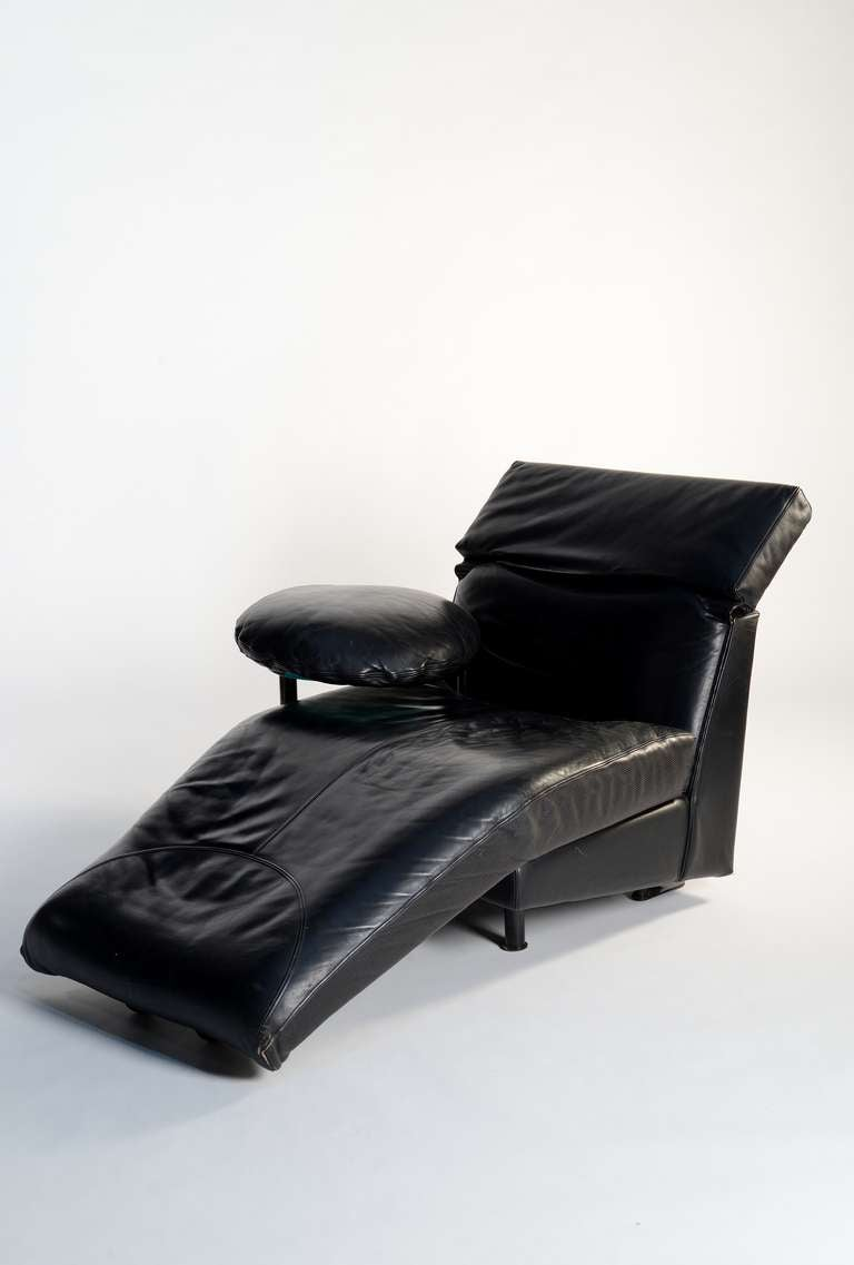 Arca Leather Lounge Chair Designed By Paolo Piva For B B