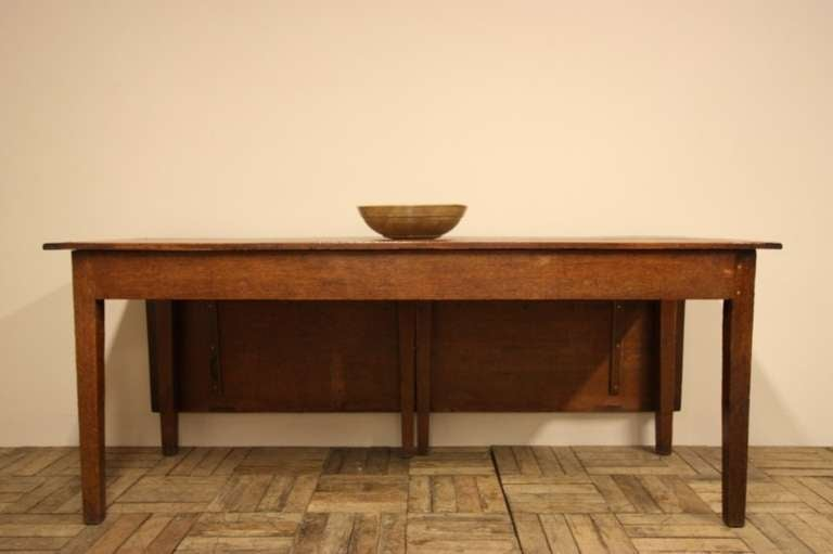 18th century antique oak single gate leg dining table at for Single leg dining table