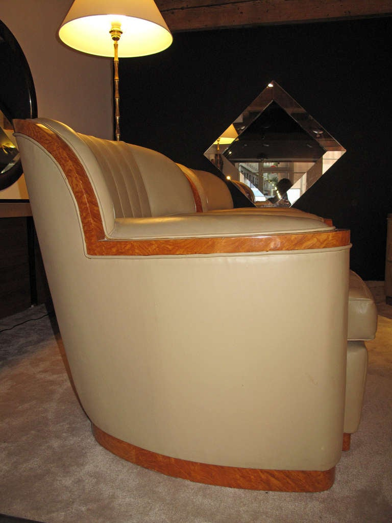 Leather art deco sitting room set at 1stdibs for Art deco sitting room