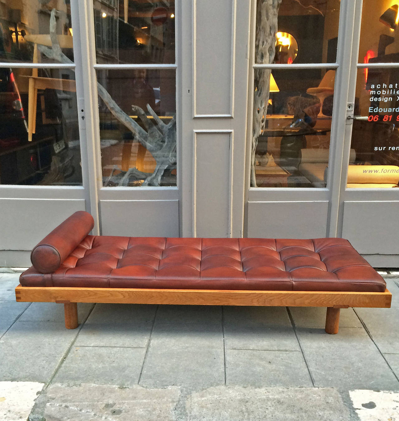 Of four chairs in oak and patinated cognac leather for sale at 1stdibs - Pierre Chapo Oak And Leather Daybed 2