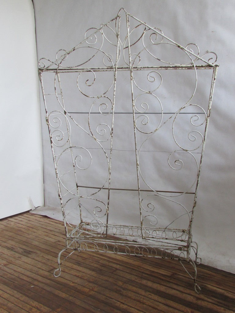 French Wire Etagere Mategot Style In Good Condition For Sale In Rochester, NY