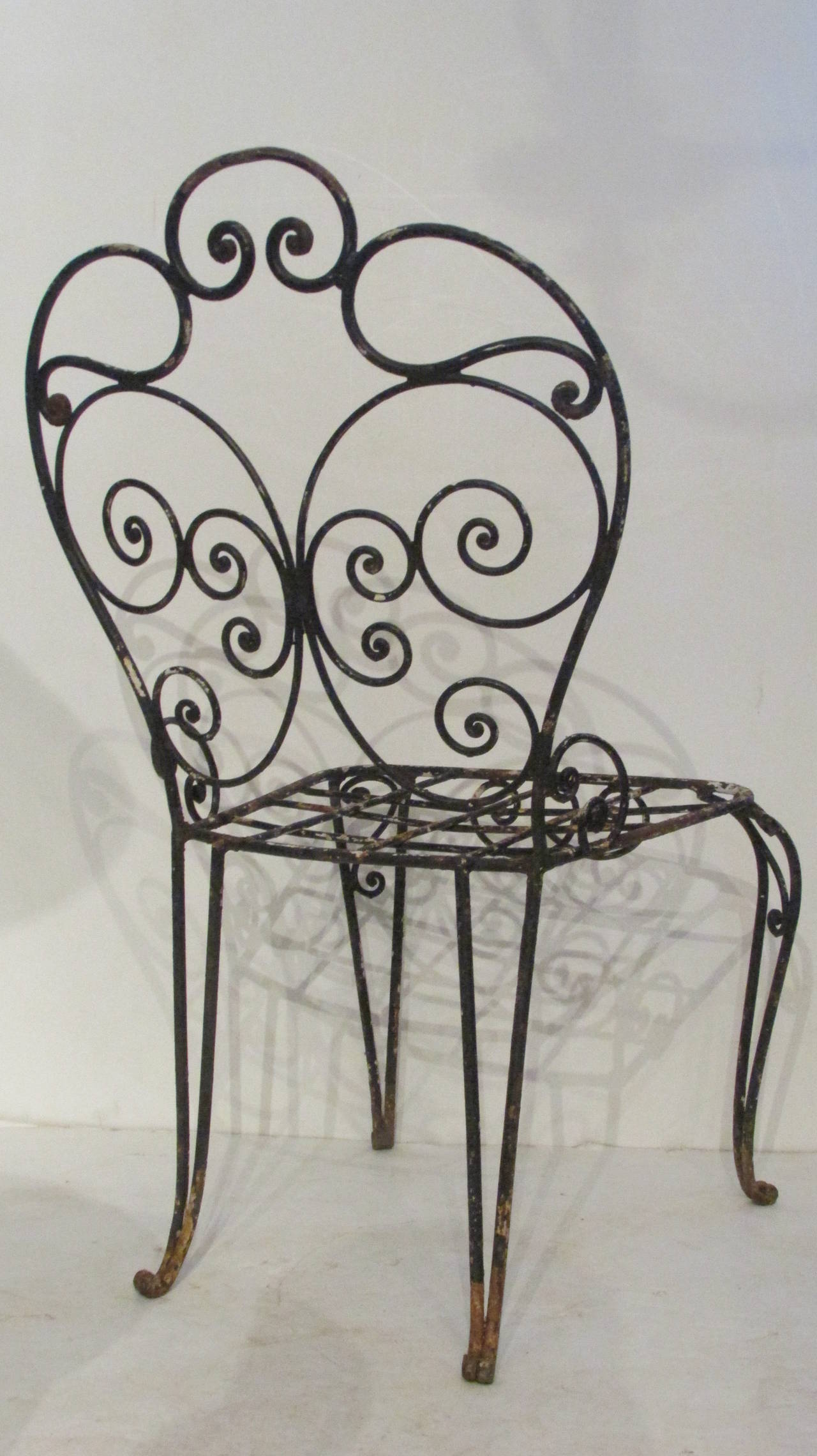 1940s French Iron Garden Chair In Excellent Condition For Sale In Rochester, NY