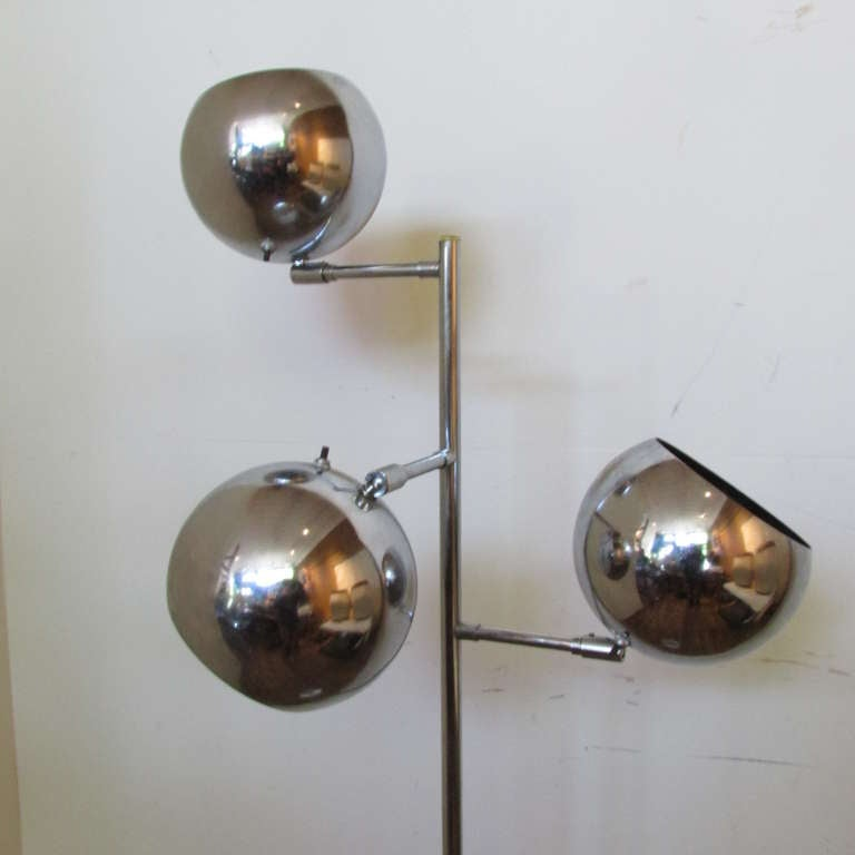Koch & Lowy OMI Adjustable Floor Lamp In Good Condition For Sale In Rochester, NY