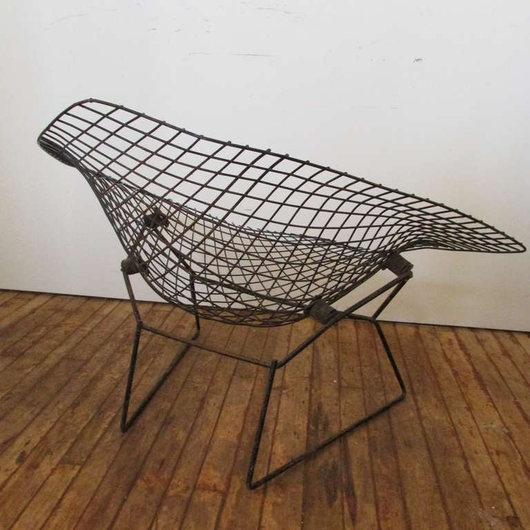 large diamond chair by harry bertoia for knoll at 1stdibs. Black Bedroom Furniture Sets. Home Design Ideas