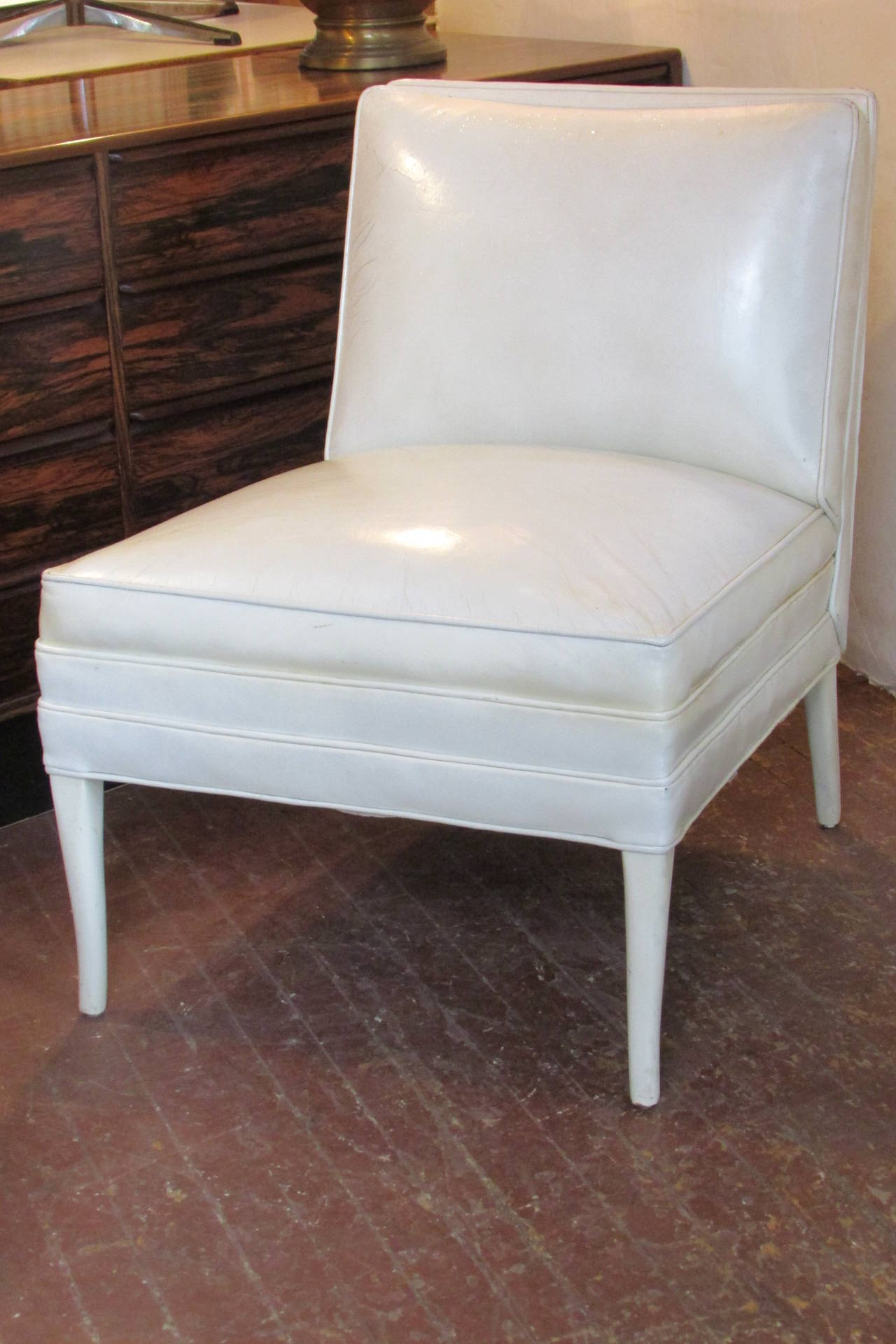 White Leather Lounge Chairs Tommi Parzinger at 1stdibs