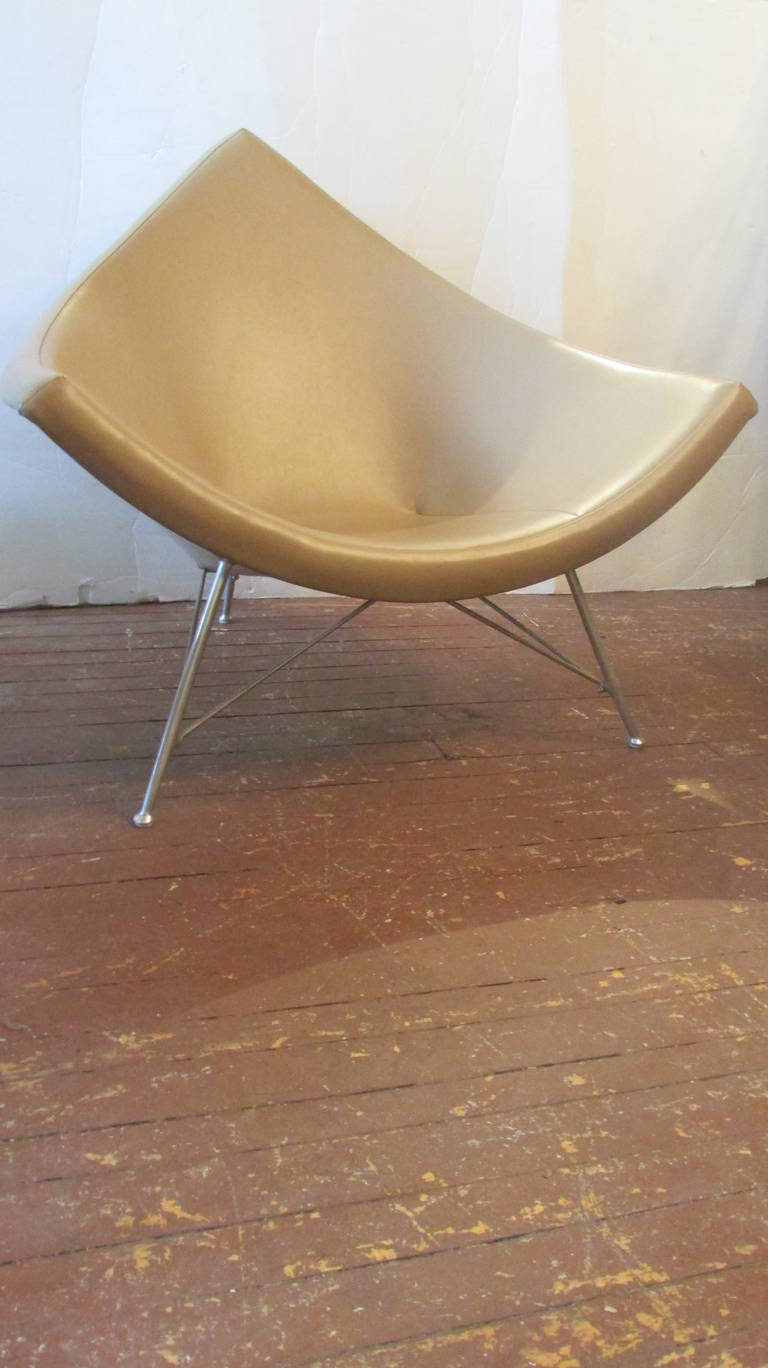A Coconut Chair Ottoman By George Nelson For Herman Miller Purchased In The 1950 S