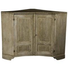 Gustavian Corner Cupboard
