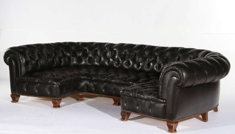 u form black leather sofa at 1stdibs. Black Bedroom Furniture Sets. Home Design Ideas