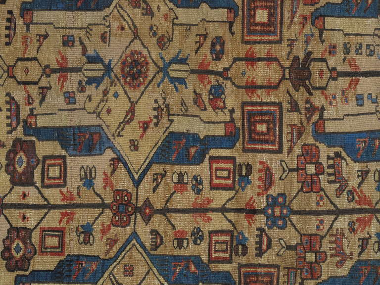 Antique Serapi Carpets are one of the most sought after rugs particularly in America and England for many years. Antique Serapi rugs are a major draw particularly in big city America. Serapi carpets were woven on the level of small workshop with