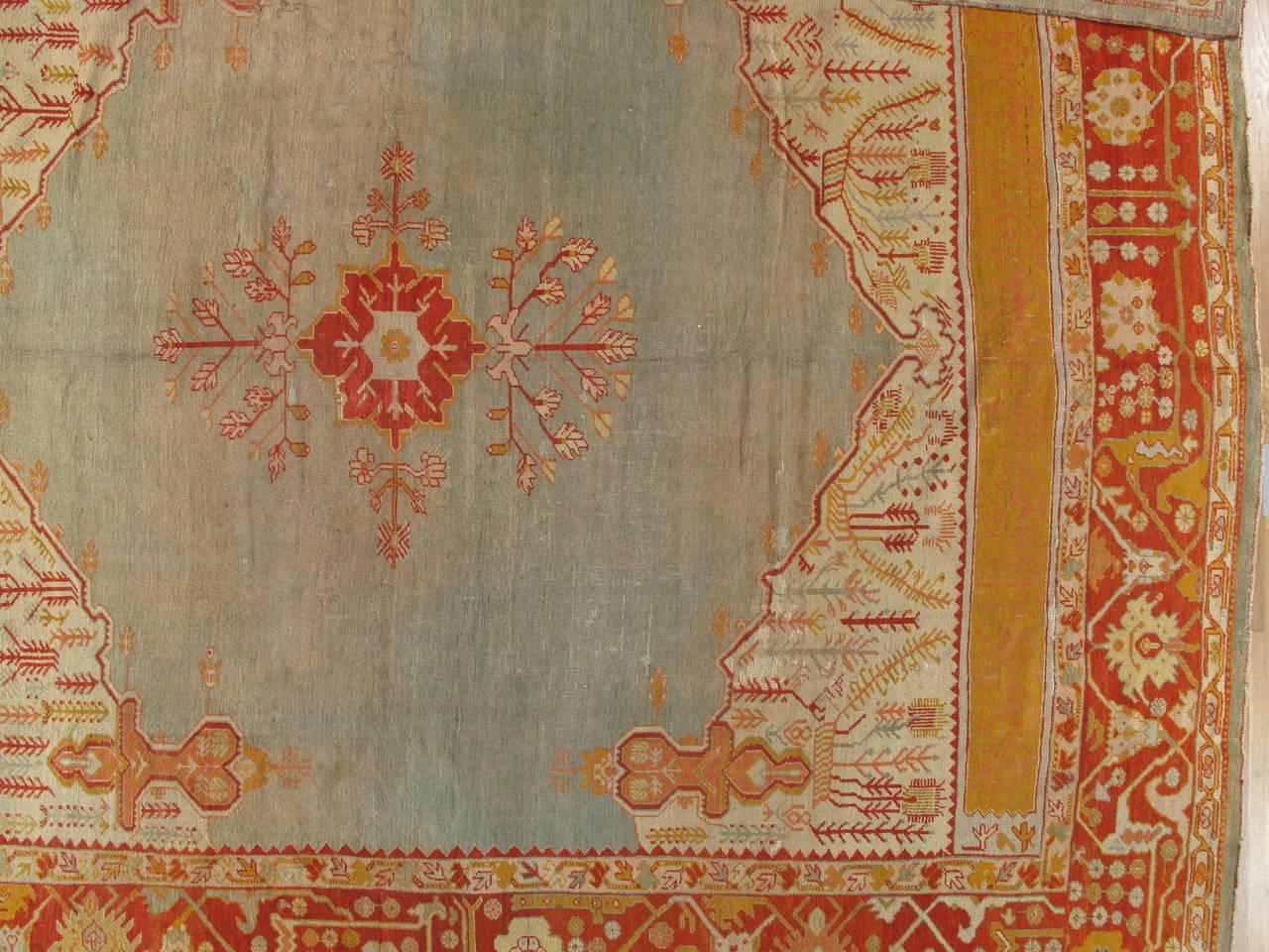 Antiker Handgefertigter Orientalischer Oushak Teppich in Hellgrün, Gelb, Koralle 8