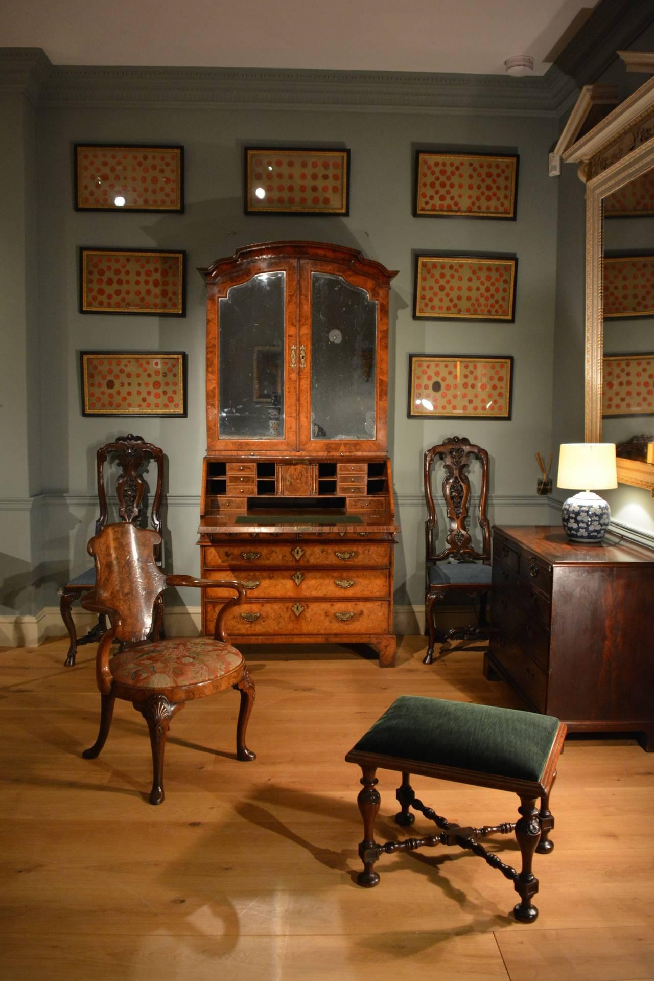 English Early 18th Century Walnut Bureau Bookcase, circa 1730 For Sale