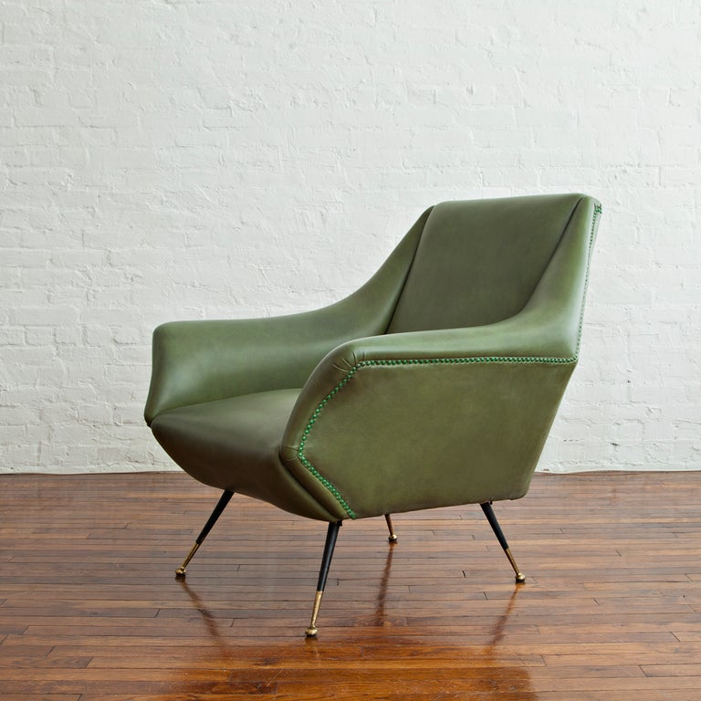 Italian Pair of Lounge Chairs by Gio Ponti